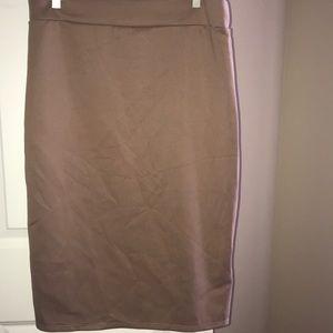 Dresses & Skirts - Tan pencil skirt like new